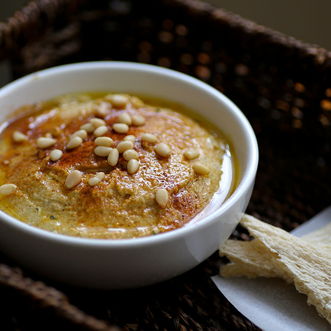 NuZest Roasted Garlic Zucchini Hummus